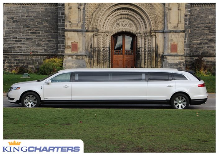Stretch limo to Niagara Falls